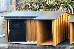 Sliding door kennel large