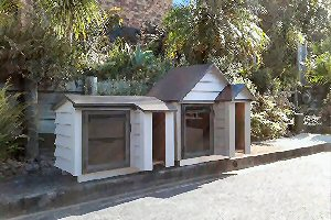High quality weatherboard dog kennels